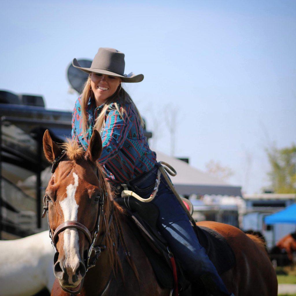 fille cheval équitation
