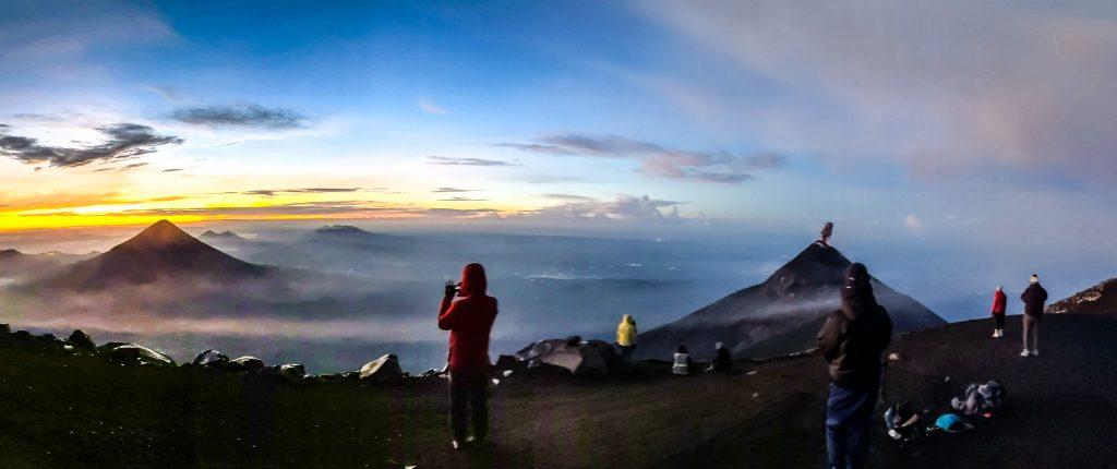 camille dg voyage guatemala acatenango volcan
