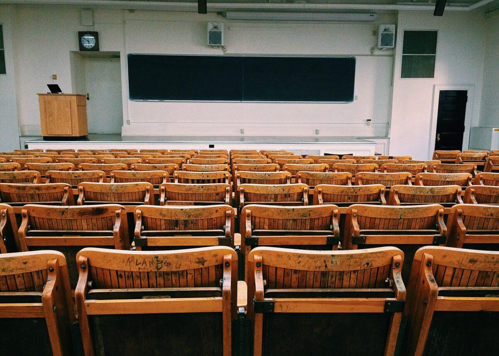 classe vide tableau cours