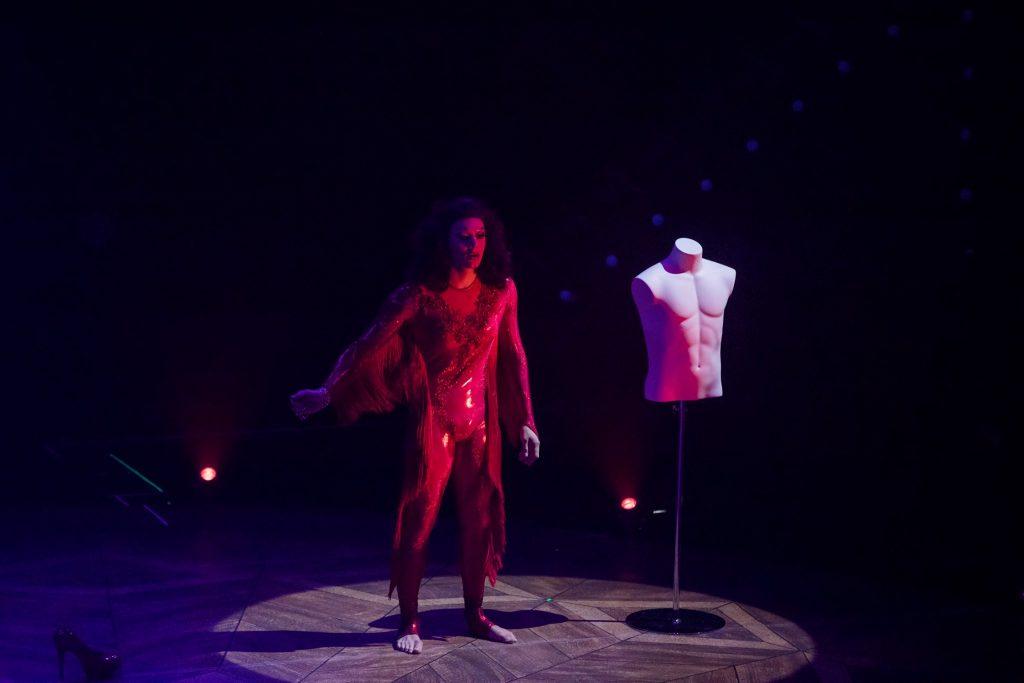 Kyle Cragle en drag queen au spectacle de la tohu