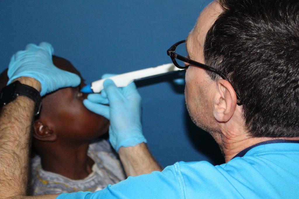 IRIS Mundial bénévoles test de vue
