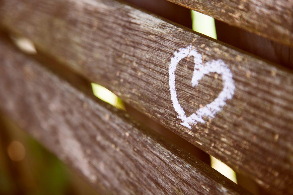 planches bois coeur amour