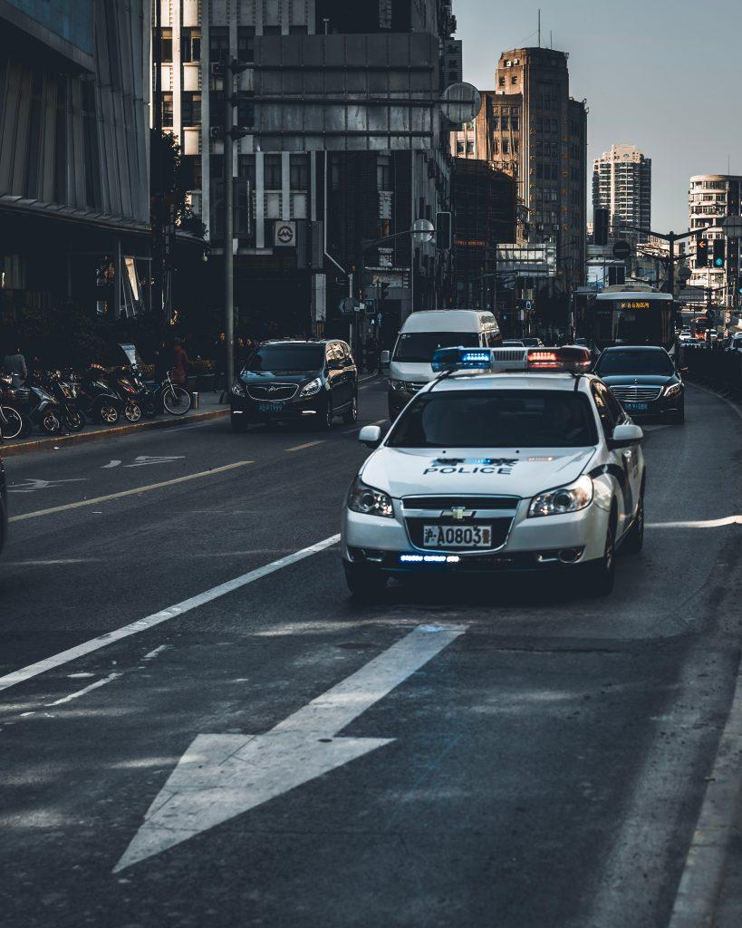 auto de police rue
