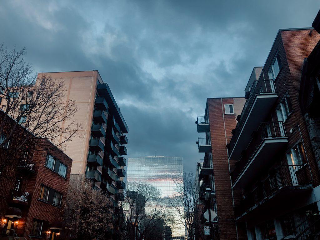 vue du ciel appartement nuages