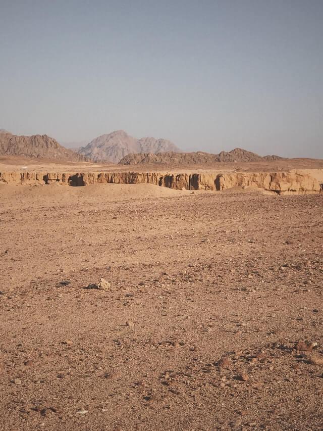 terre sèche désert nouveau départ