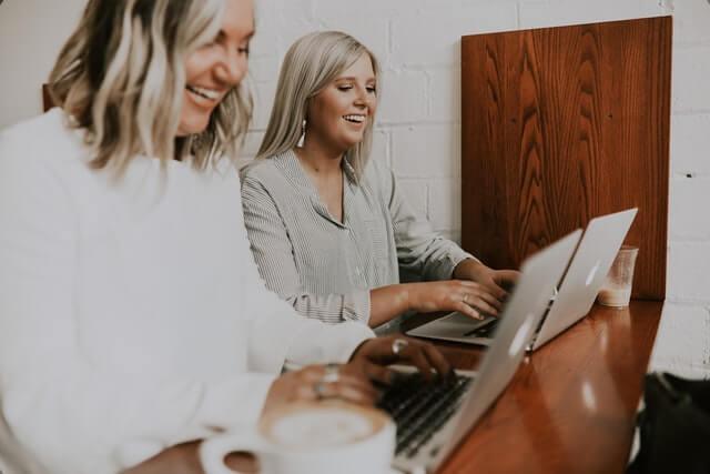 femmes au travail work wife plaisir