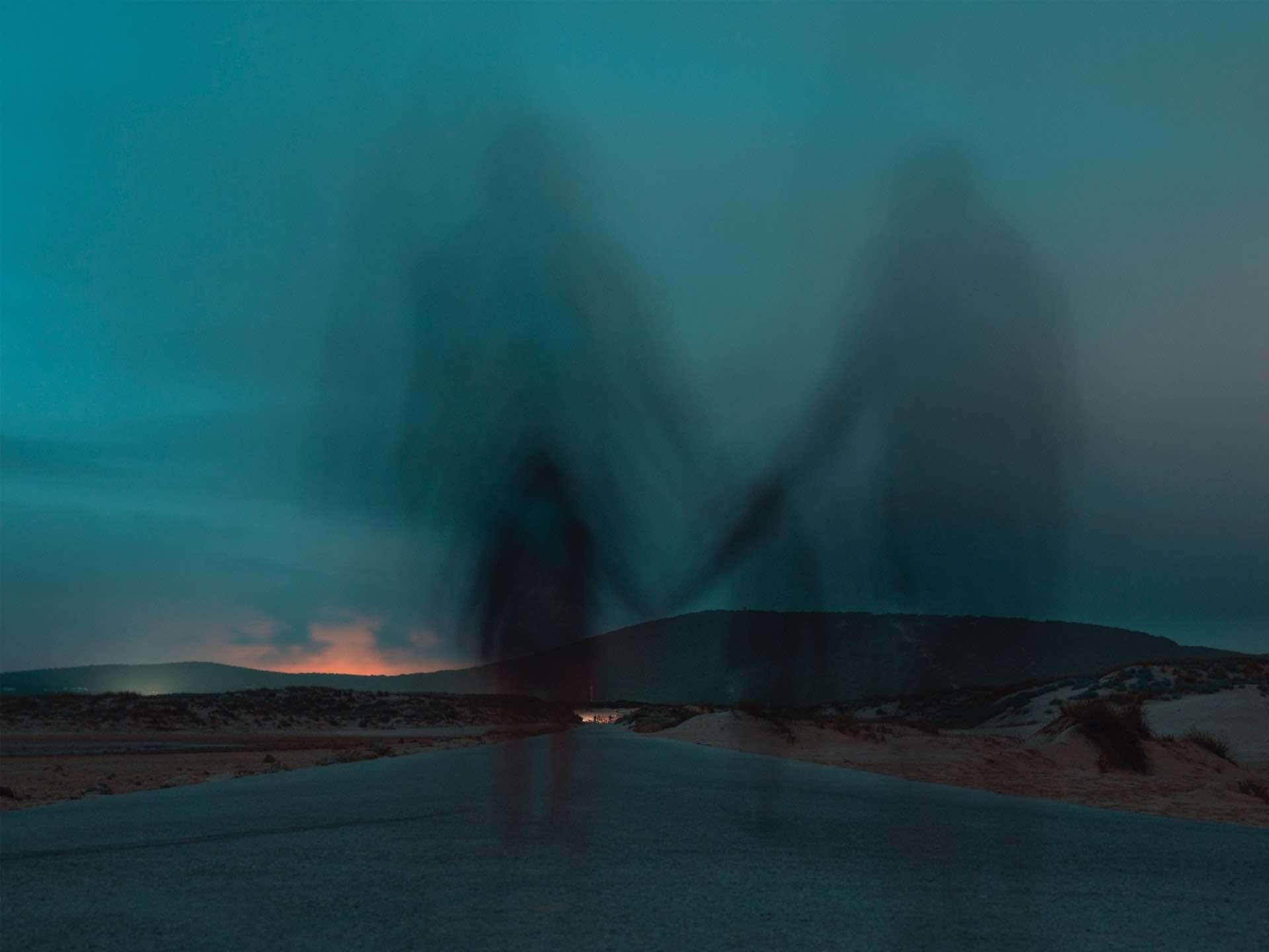 couple sombre flou paysage