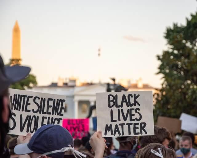 black lives matter manifestation racisme