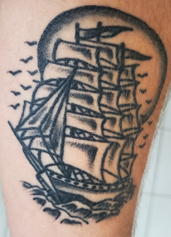 tattoo bateau peau dessin