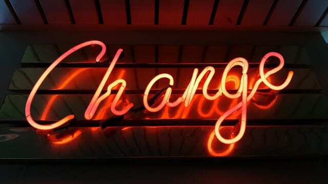 change lumière rouge néon changement