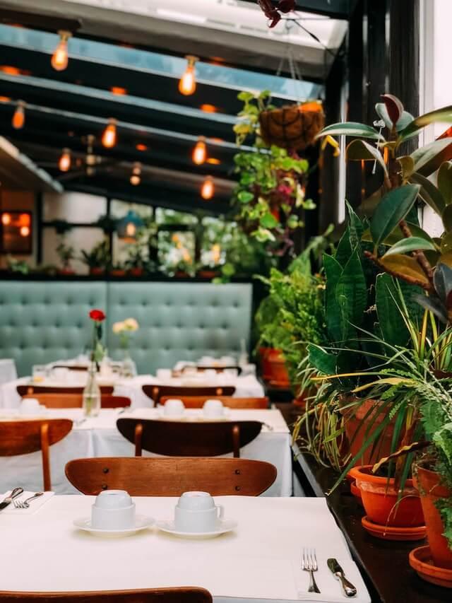restaurant vide confinement restauration