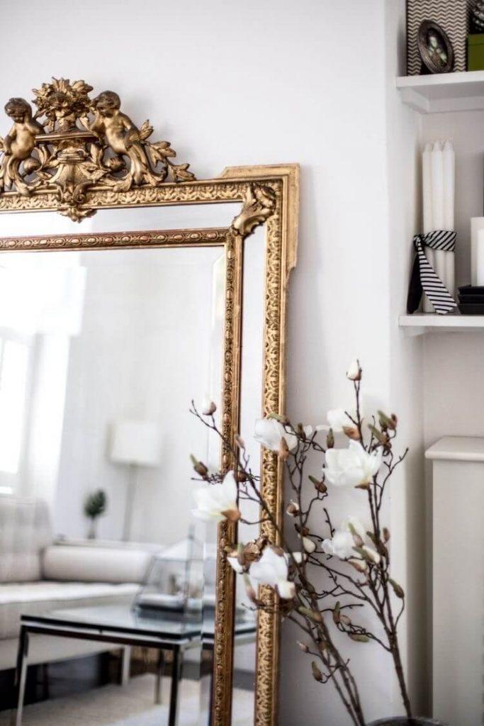maison déco intérieure miroir vintage or
