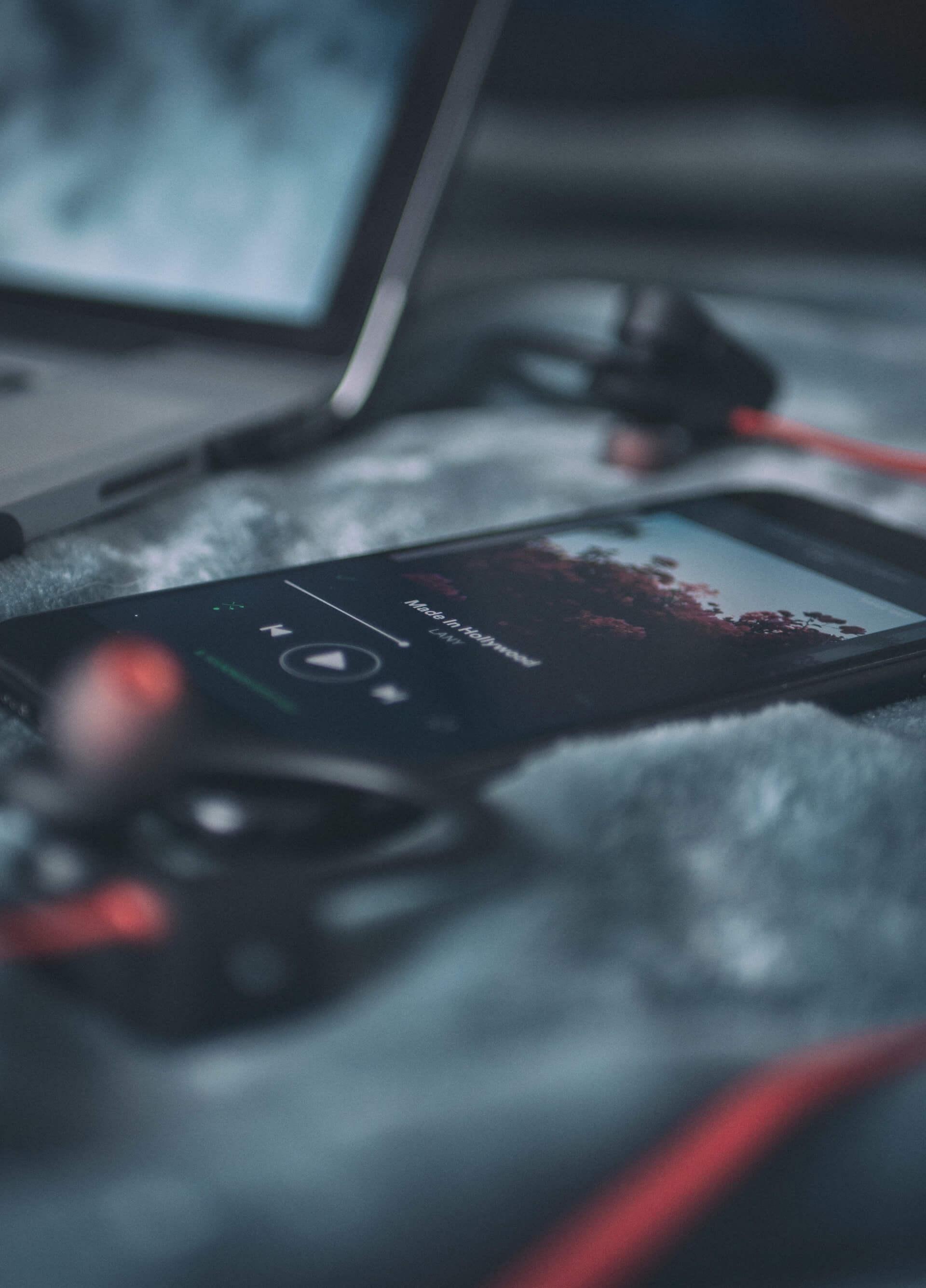 application de musique ouverte sur un cellulaire