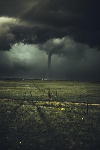 tempête, champs, sombre