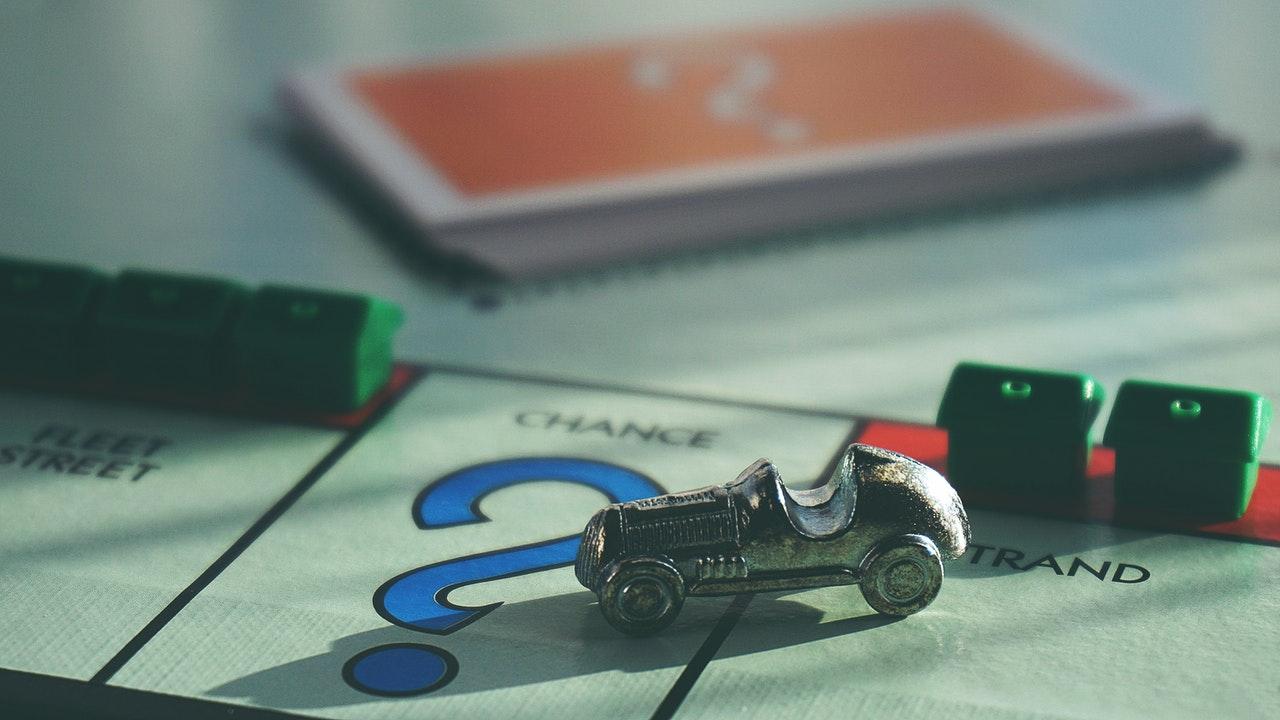 monopoly case chance