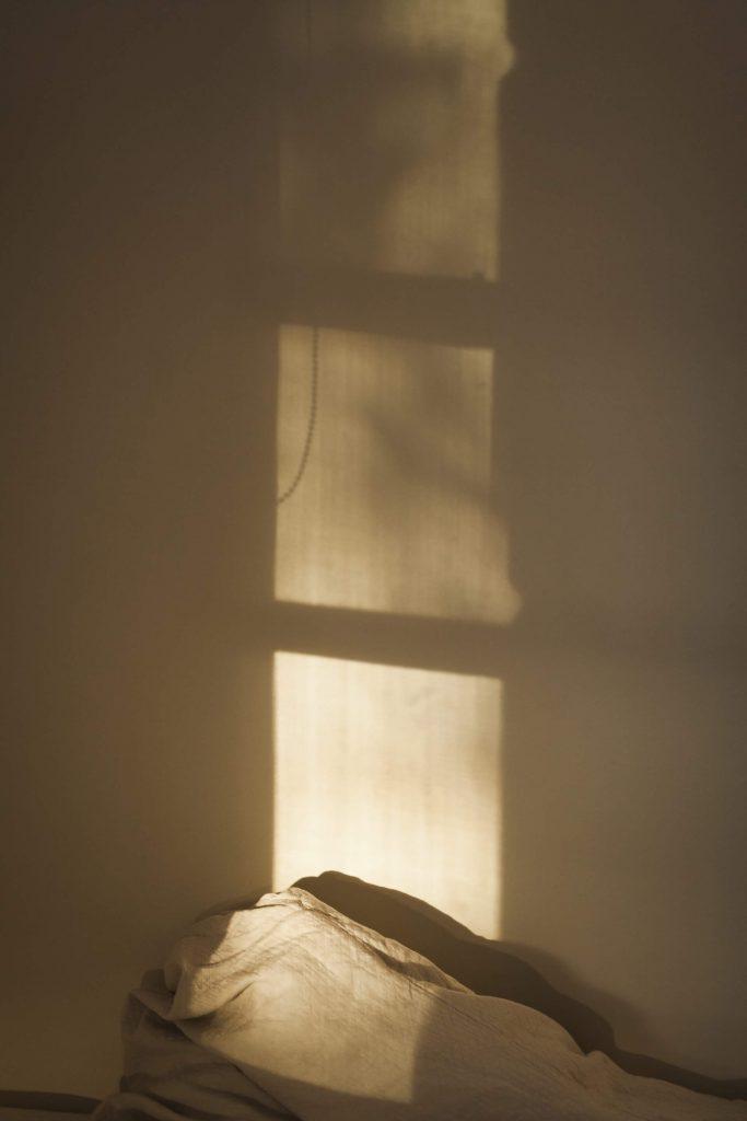chambre ombre fenêtre
