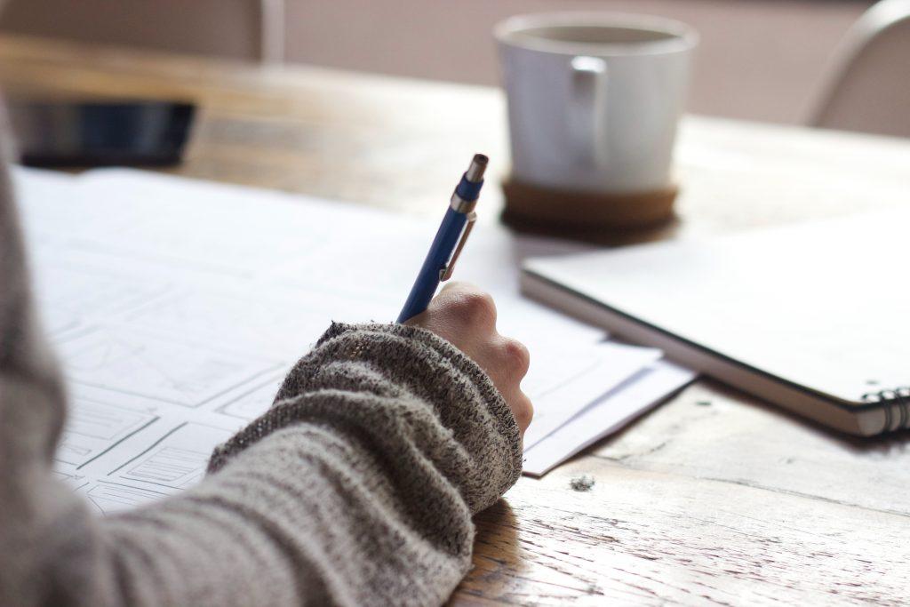 lettre stylo café