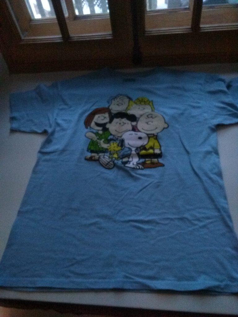 t-shirt bleu snoopy