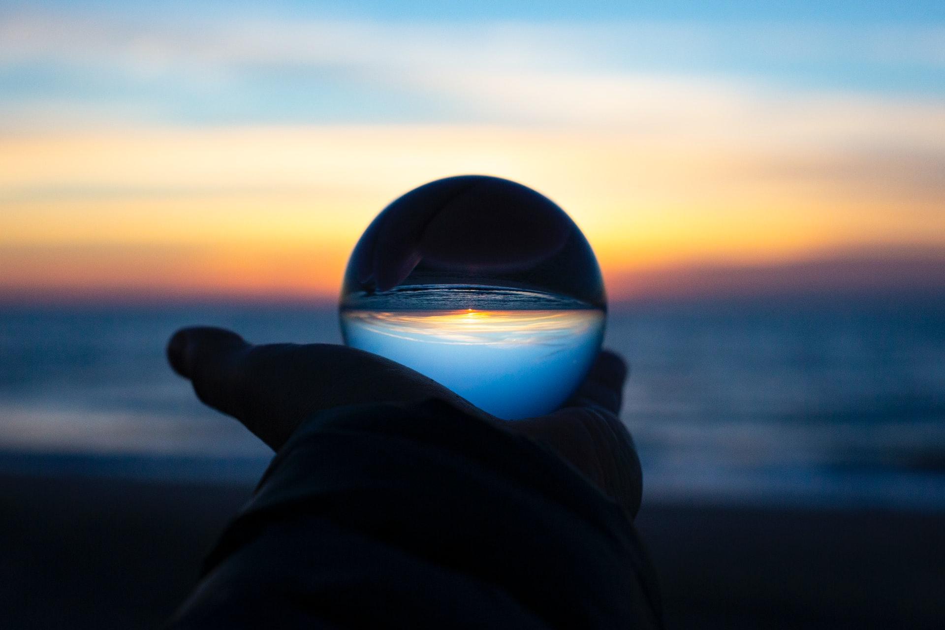 boule crystal océan mer