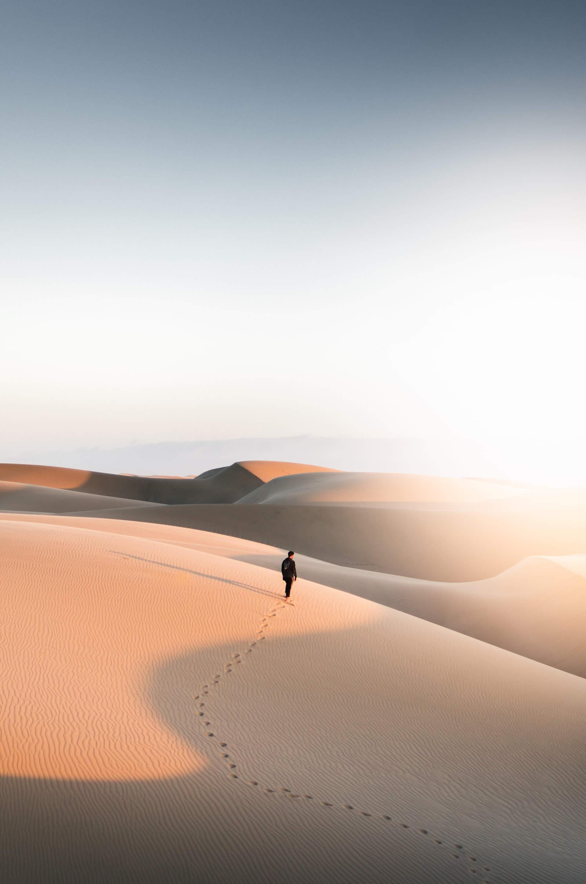 désert, seul, trahison, peine, histoire, amour