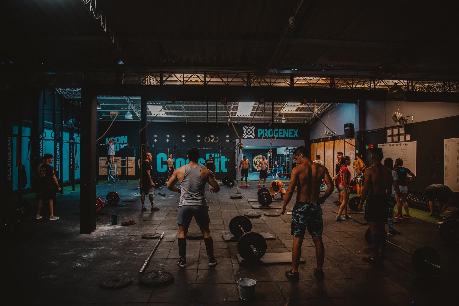 gym, CrossFit, muscles, altères