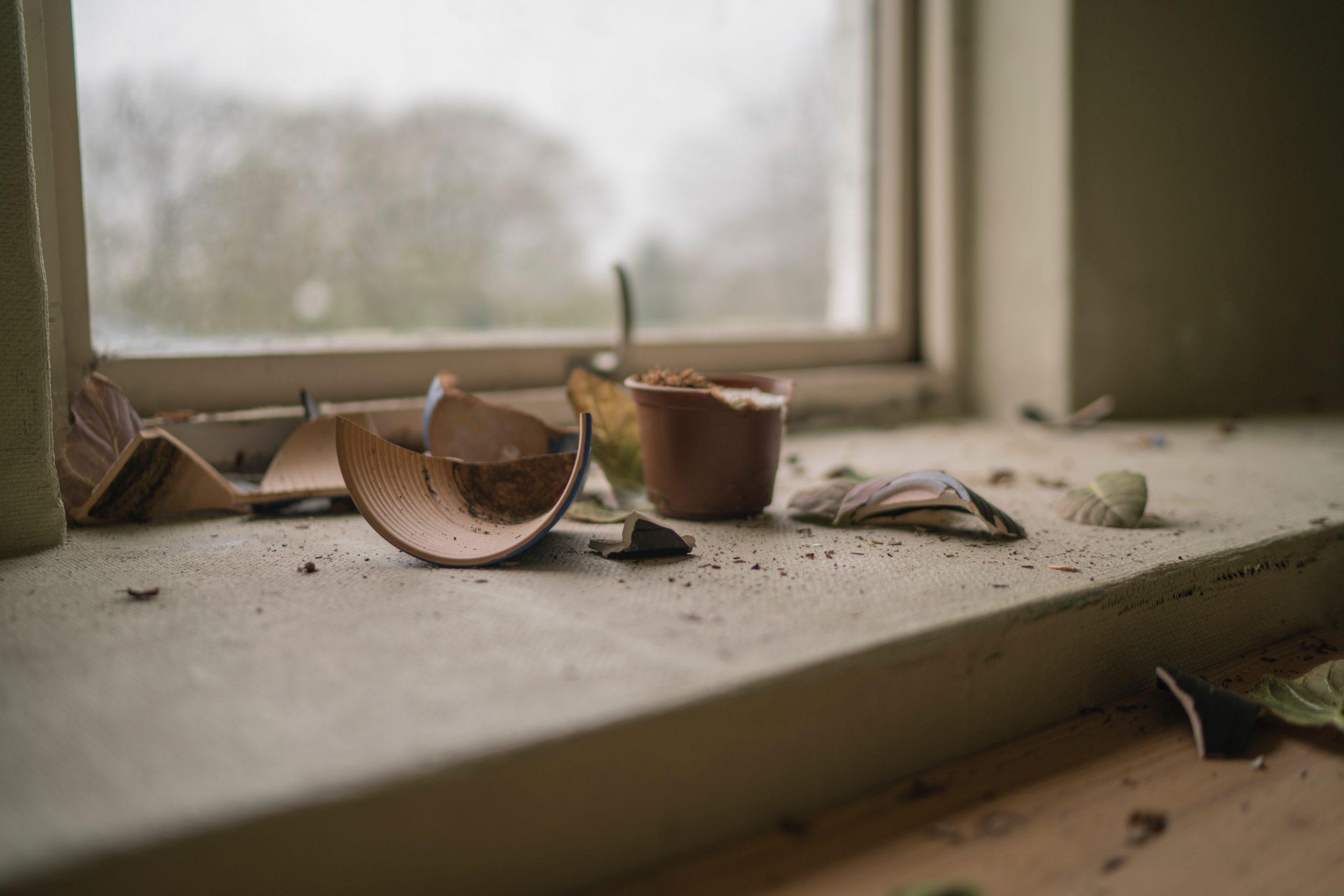 Vase brisé fragile